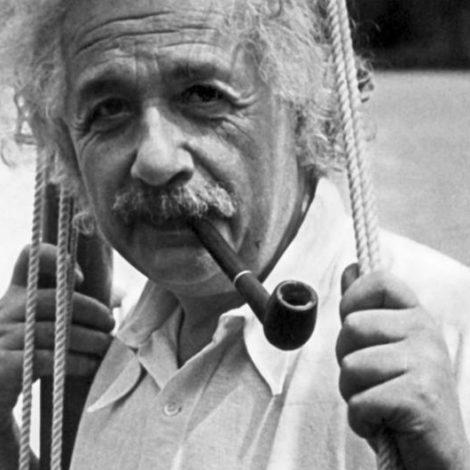 Albert Einstein präsentieren